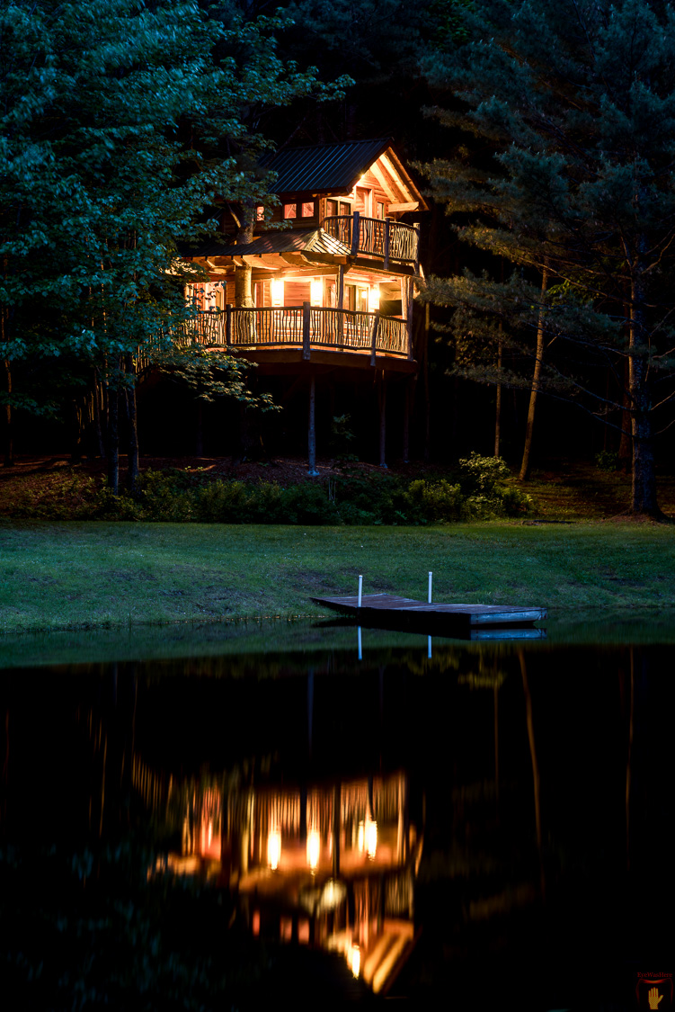 Waterbury VT Treehouse | Vermont Hotel Photography | Bed and Breakfast | Real Estate Photography | Architectural Photographer Dave Butterworth | EyeWasHere
