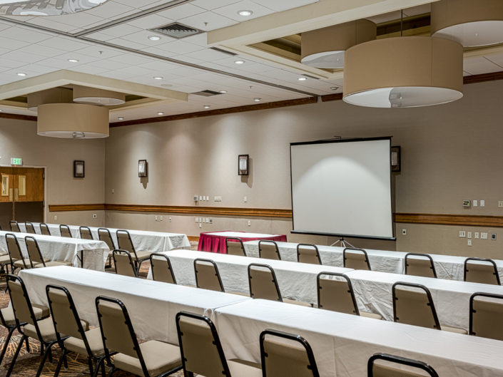 Holiday Inn Conference Room   Hotel Interior Photography   Bed & Breakfast   BNB   Real Estate   Architecture   Interior Design   Albany NY Photographer Dave Butterworth   EyeWasHere   Eye Was Here Photography