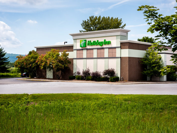 Holiday Inn | Hotel Exterior Photography | Bed & Breakfast | BNB | Real Estate | Architecture | Interior Design | Albany NY Photographer Dave Butterworth | EyeWasHere | Eye Was Here Photography